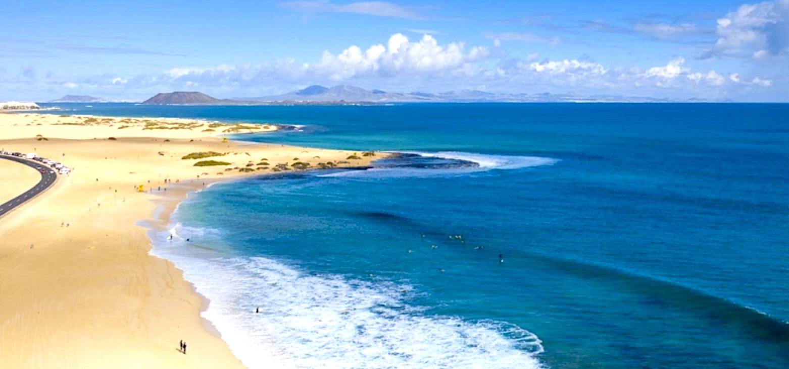 Fallece ahogado un señor de 61 años en la playa del Burro en Corralejo